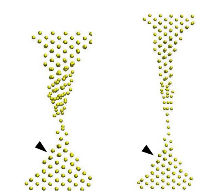 Temperature effects on the occurrence of long interatomic distances in atomic chains formed from stretched gold nanowires