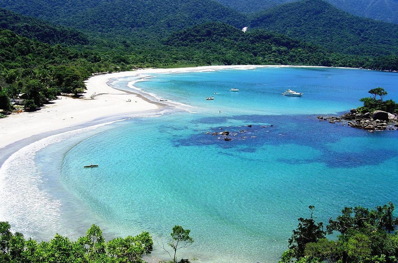 Castelhanos Beach, Ilha Bela