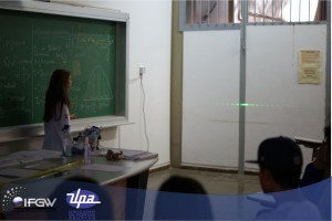 "O ""Experimento de Young"" é famoso na História da Física"